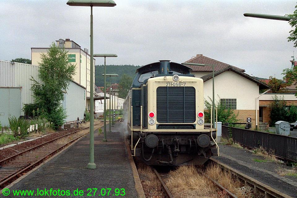 http://www.lokfotos.de/fotos/1993/0727/18786.jpg
