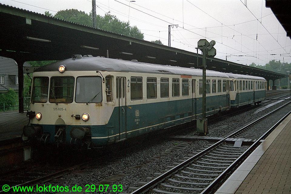 http://www.lokfotos.de/fotos/1993/0729/18819.jpg