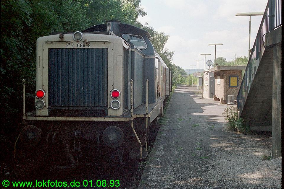 http://www.lokfotos.de/fotos/1993/0801/18886.jpg
