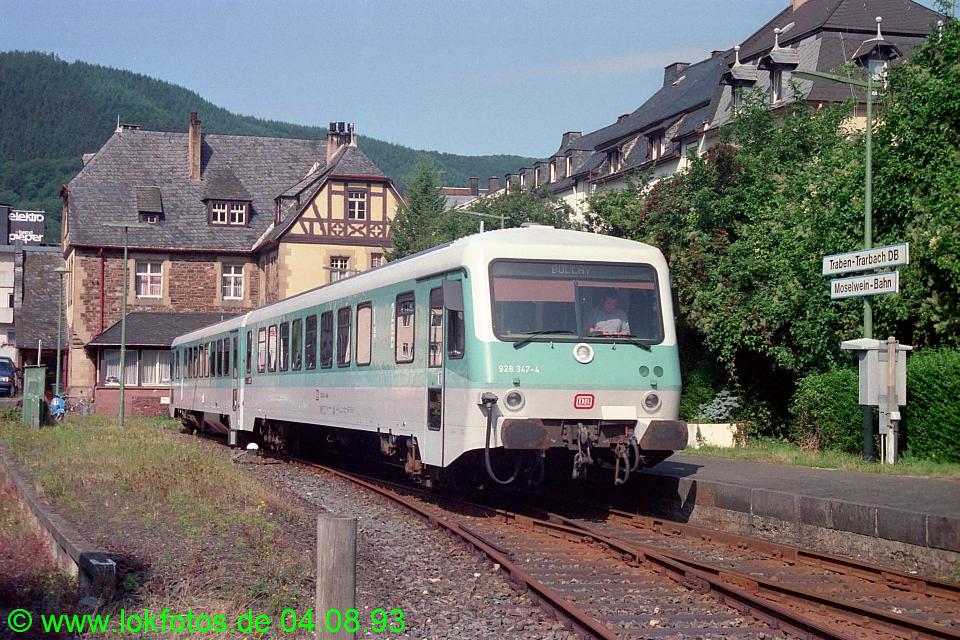 http://www.lokfotos.de/fotos/1993/0804/18915.jpg