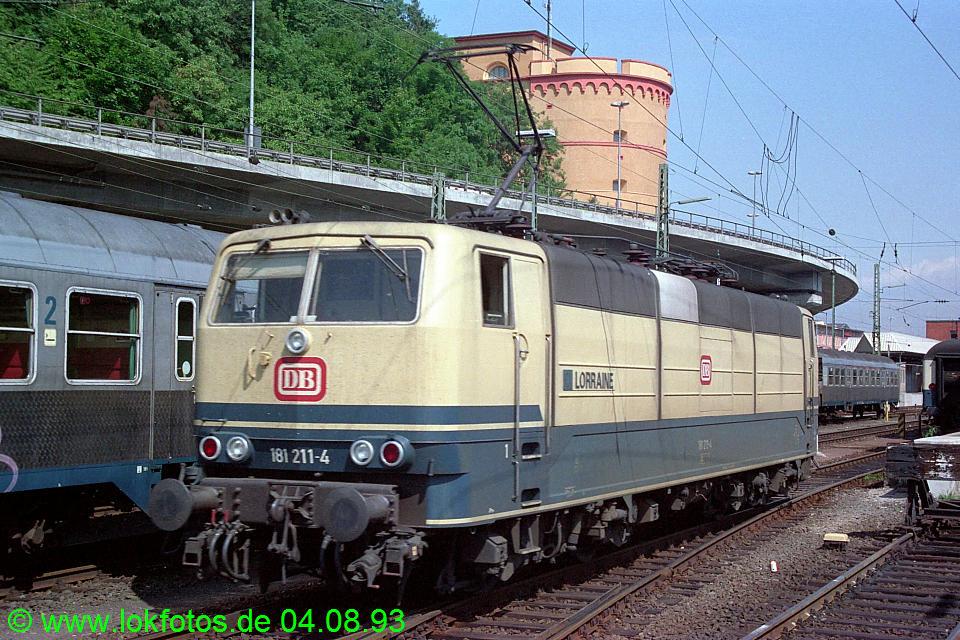 http://www.lokfotos.de/fotos/1993/0804/18916.jpg