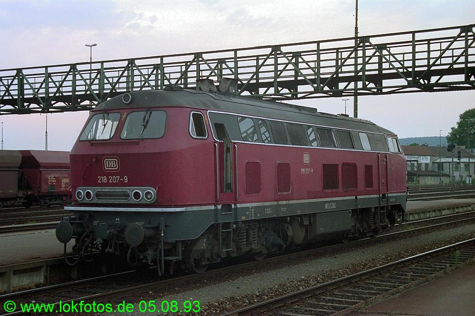 http://www.lokfotos.de/fotos/1993/0805/18926.jpg