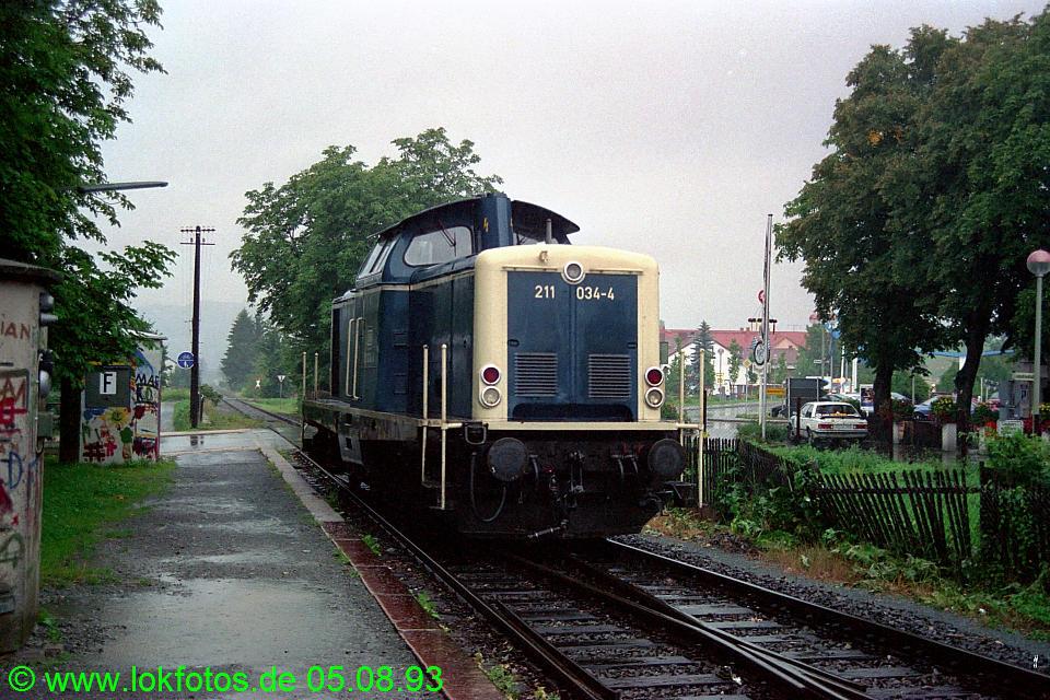 http://www.lokfotos.de/fotos/1993/0805/18929.jpg