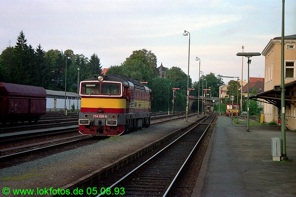 http://www.lokfotos.de/fotos/1993/0805/18939.jpg