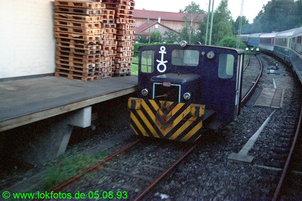 http://www.lokfotos.de/fotos/1993/0805/18941.jpg
