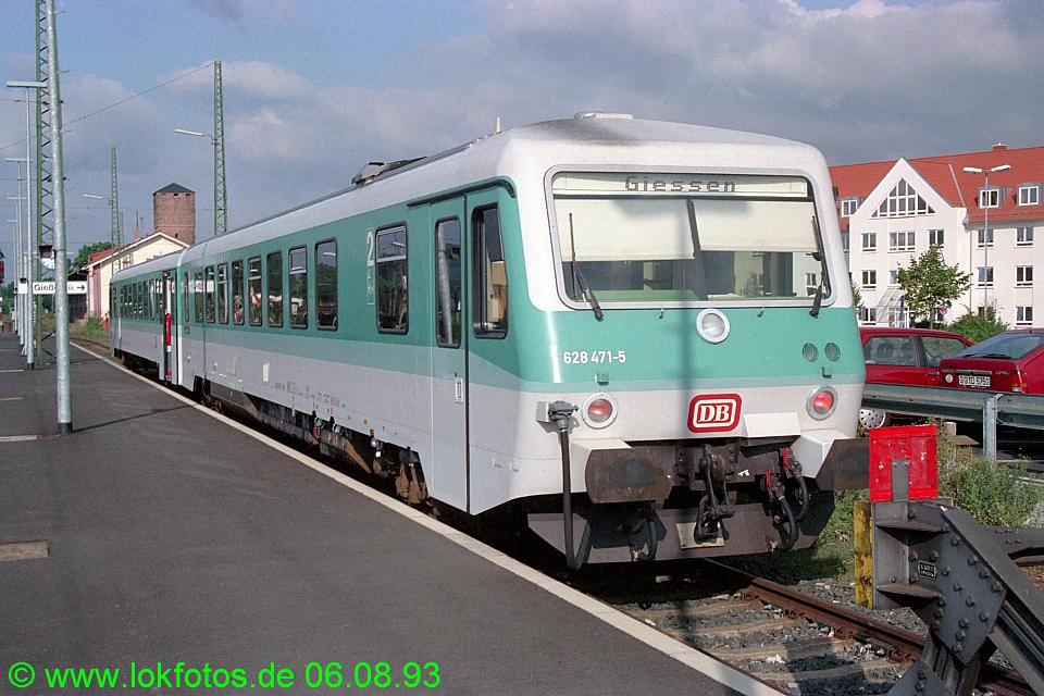 http://www.lokfotos.de/fotos/1993/0806/18942.jpg