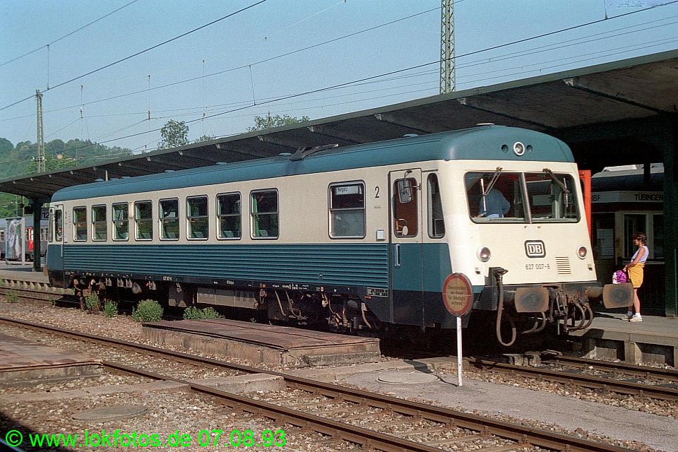 http://www.lokfotos.de/fotos/1993/0807/18964.jpg
