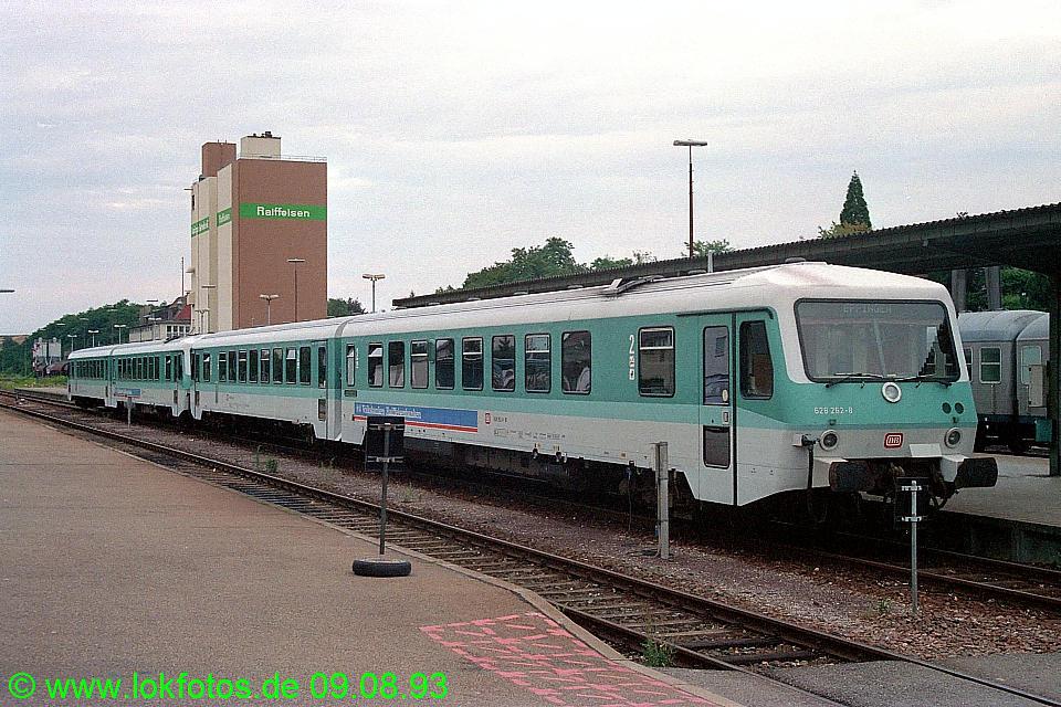 http://www.lokfotos.de/fotos/1993/0809/19089.jpg
