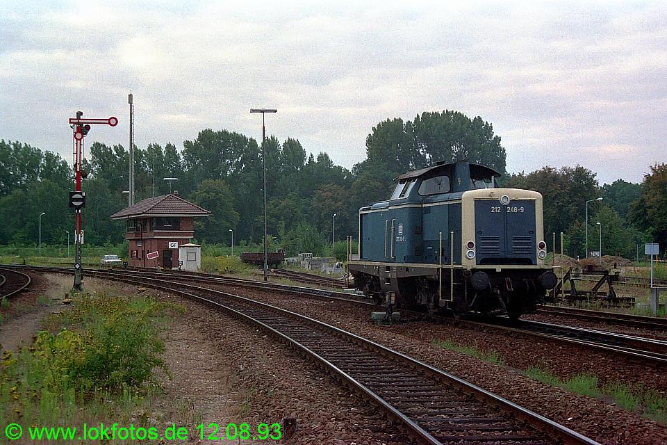 http://www.lokfotos.de/fotos/1993/0812/19217.jpg
