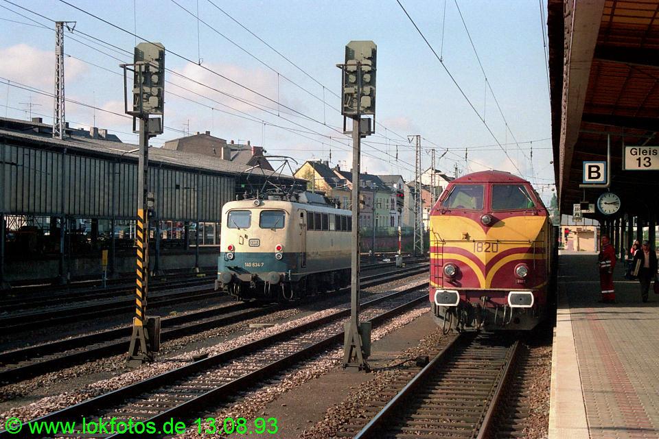 http://www.lokfotos.de/fotos/1993/0813/19234.jpg