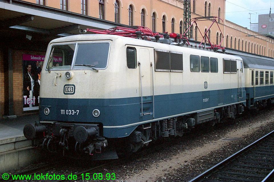 http://www.lokfotos.de/fotos/1993/0815/19258.jpg