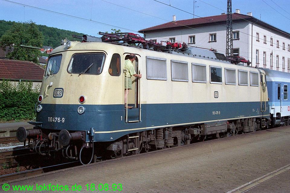 http://www.lokfotos.de/fotos/1993/0818/19388.jpg