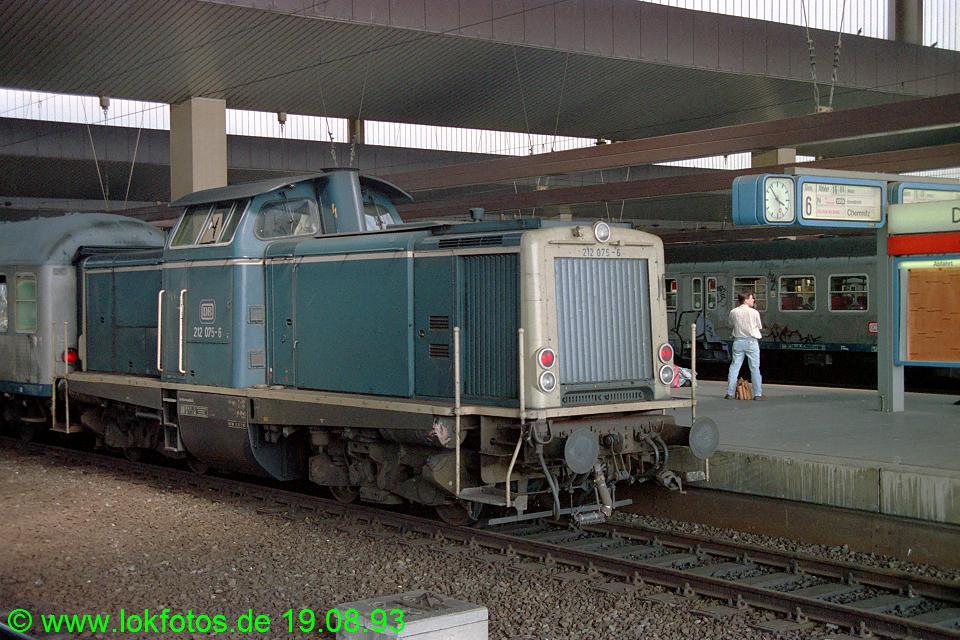 http://www.lokfotos.de/fotos/1993/0819/19401.jpg