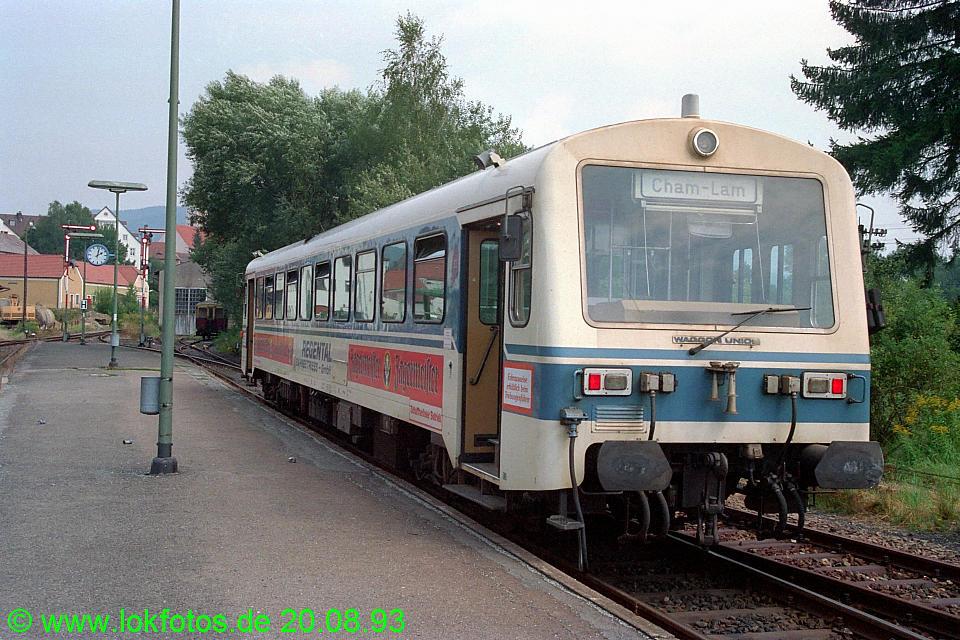 http://www.lokfotos.de/fotos/1993/0820/19410.jpg