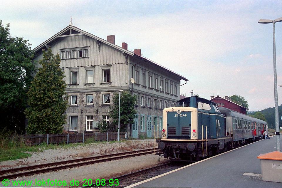 http://www.lokfotos.de/fotos/1993/0820/19421.jpg