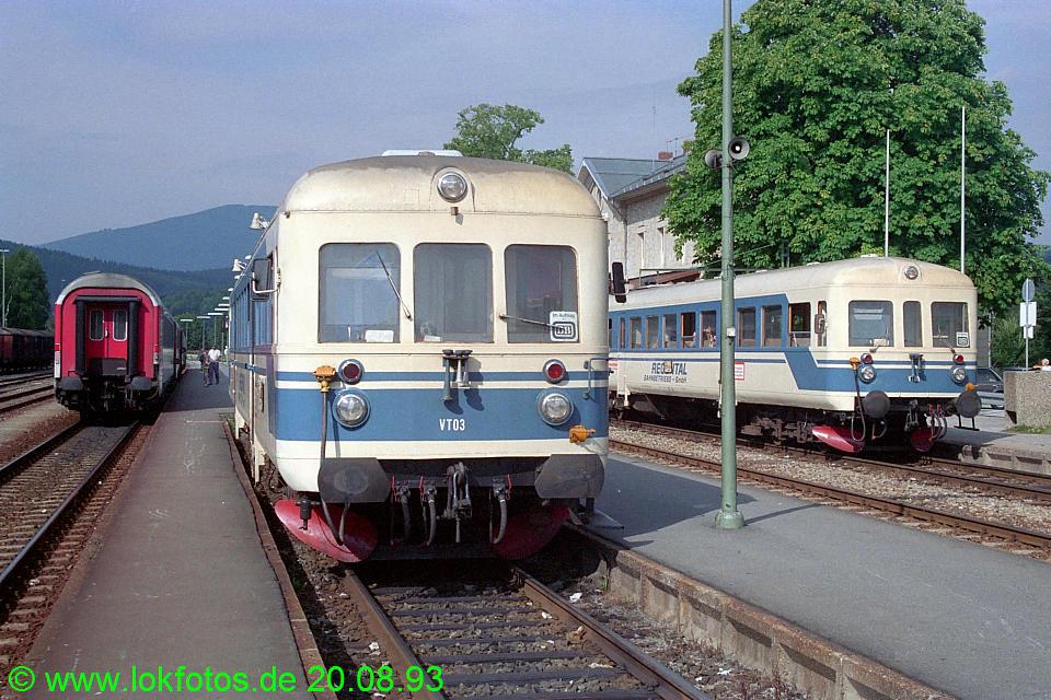 http://www.lokfotos.de/fotos/1993/0820/19427.jpg