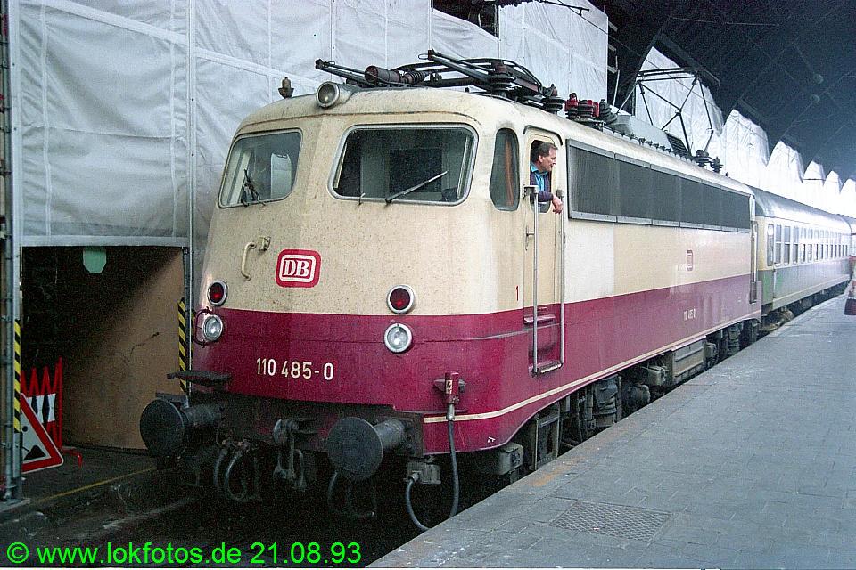 http://www.lokfotos.de/fotos/1993/0821/19445.jpg