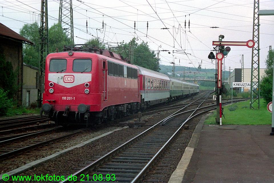 http://www.lokfotos.de/fotos/1993/0821/19451.jpg
