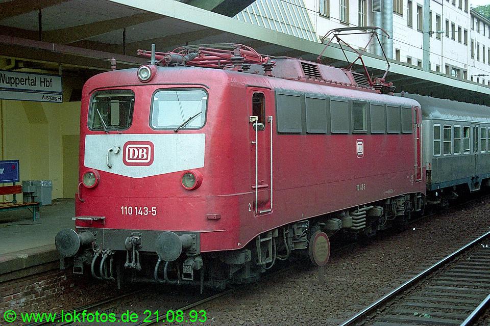 http://www.lokfotos.de/fotos/1993/0821/19456.jpg