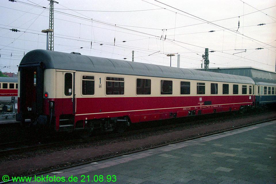 http://www.lokfotos.de/fotos/1993/0821/19464.jpg