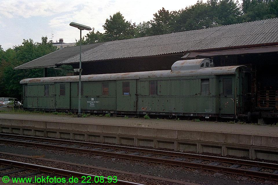 http://www.lokfotos.de/fotos/1993/0822/19518.jpg