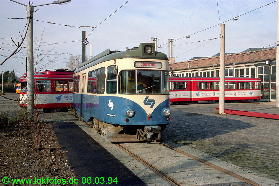 http://www.lokfotos.de/fotos/1994/0306/19917.jpg