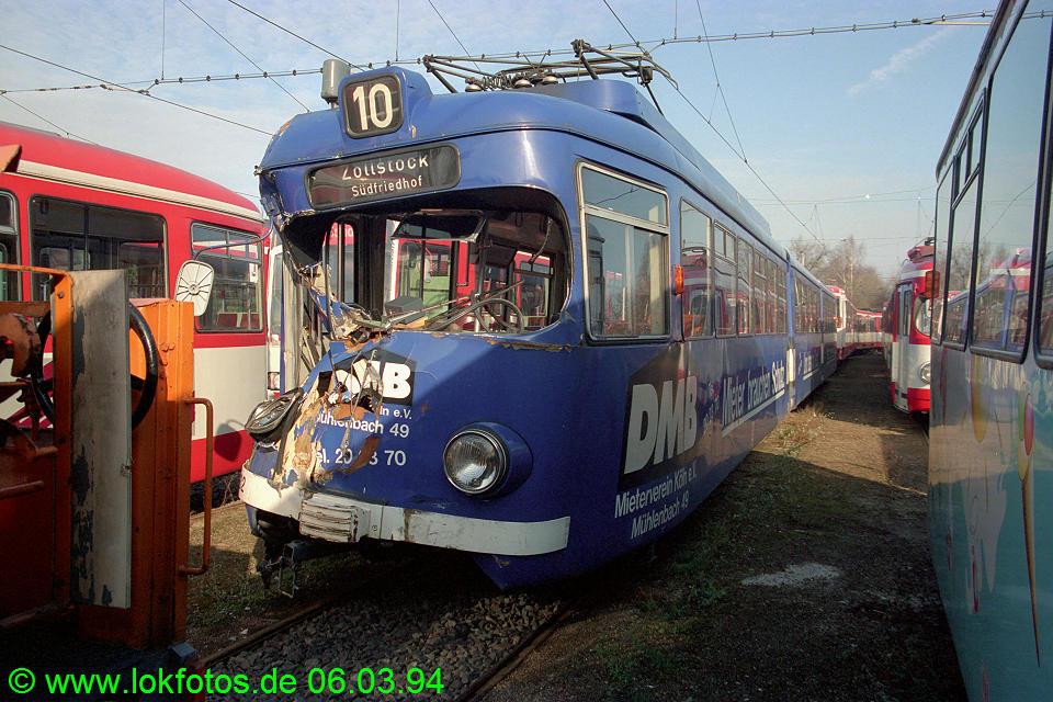 http://www.lokfotos.de/fotos/1994/0306/19923.jpg