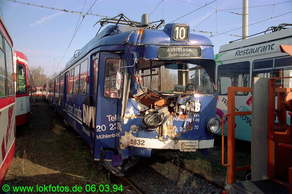 http://www.lokfotos.de/fotos/1994/0306/19924.jpg