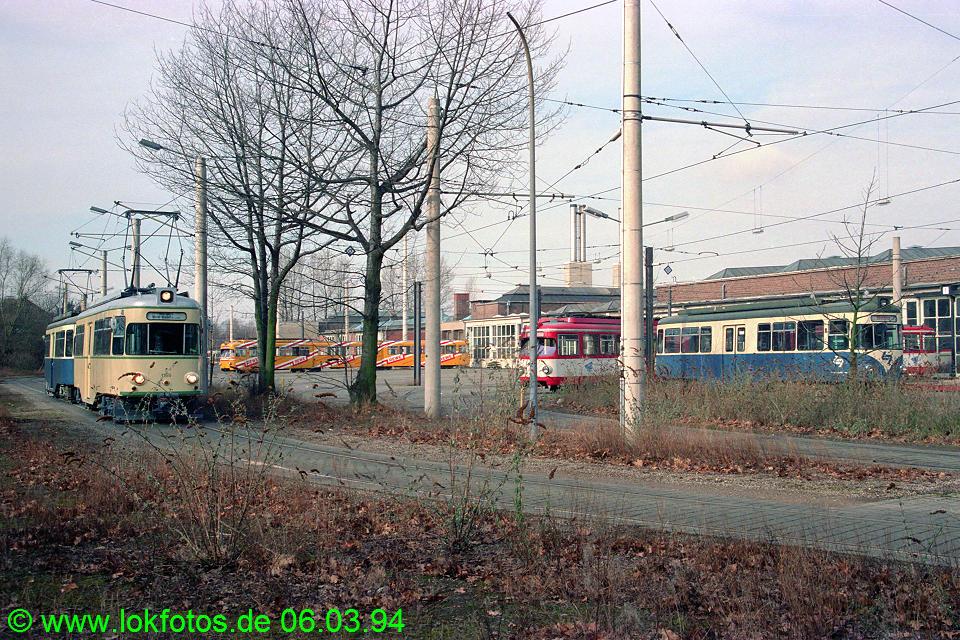 http://www.lokfotos.de/fotos/1994/0306/19926.jpg