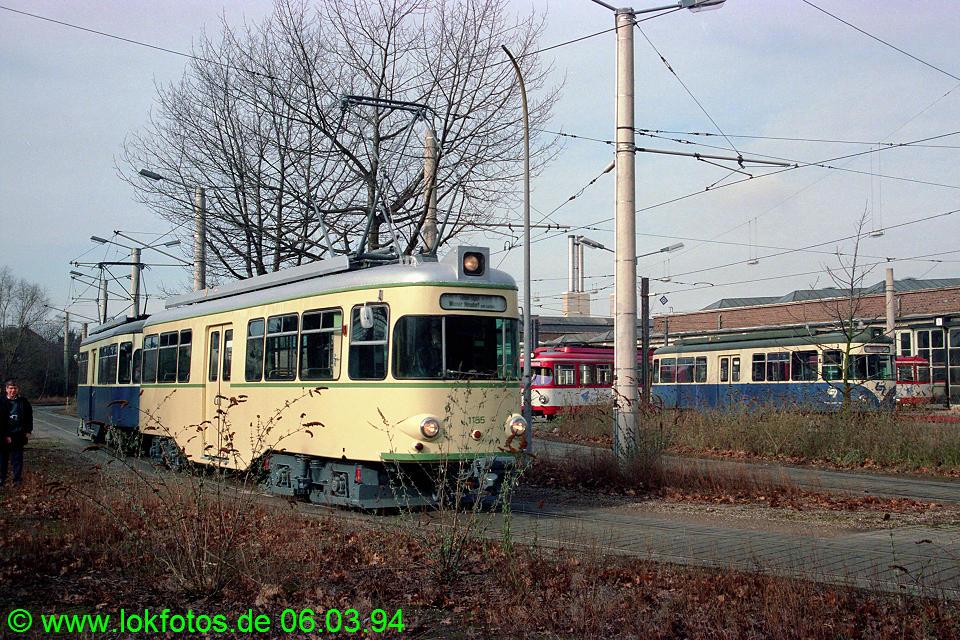 http://www.lokfotos.de/fotos/1994/0306/19927.jpg
