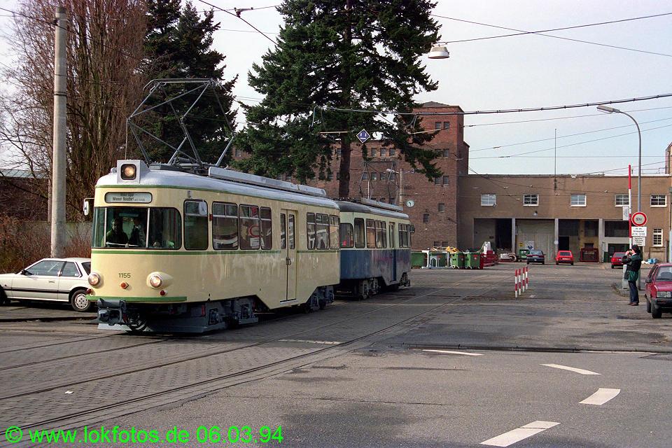 http://www.lokfotos.de/fotos/1994/0306/19929.jpg