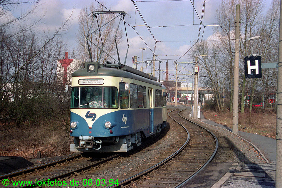 http://www.lokfotos.de/fotos/1994/0306/19937.jpg