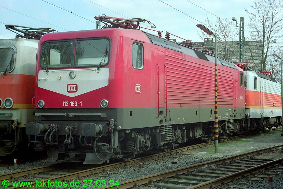 http://www.lokfotos.de/fotos/1994/0327/19962.jpg