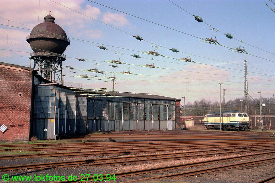 http://www.lokfotos.de/fotos/1994/0327/19979.jpg