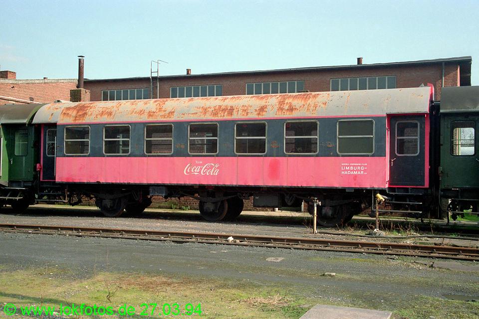 http://www.lokfotos.de/fotos/1994/0327/19998.jpg