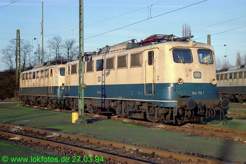 http://www.lokfotos.de/fotos/1994/0327/20019.jpg