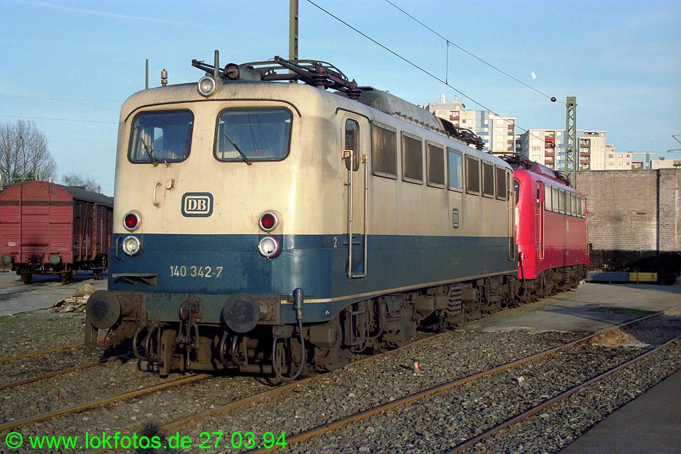 http://www.lokfotos.de/fotos/1994/0327/20026.jpg