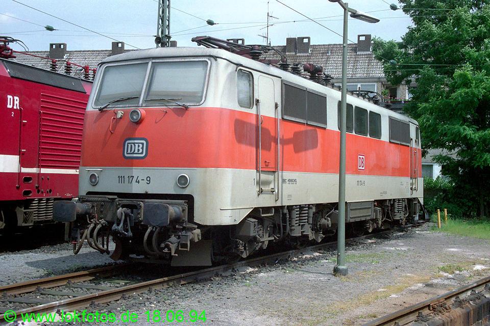 http://www.lokfotos.de/fotos/1994/0618/20201.jpg