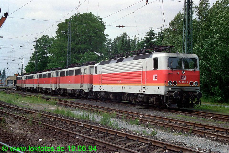 http://www.lokfotos.de/fotos/1994/0618/20206.jpg