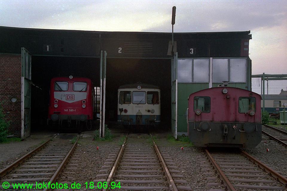 http://www.lokfotos.de/fotos/1994/0618/20243.jpg