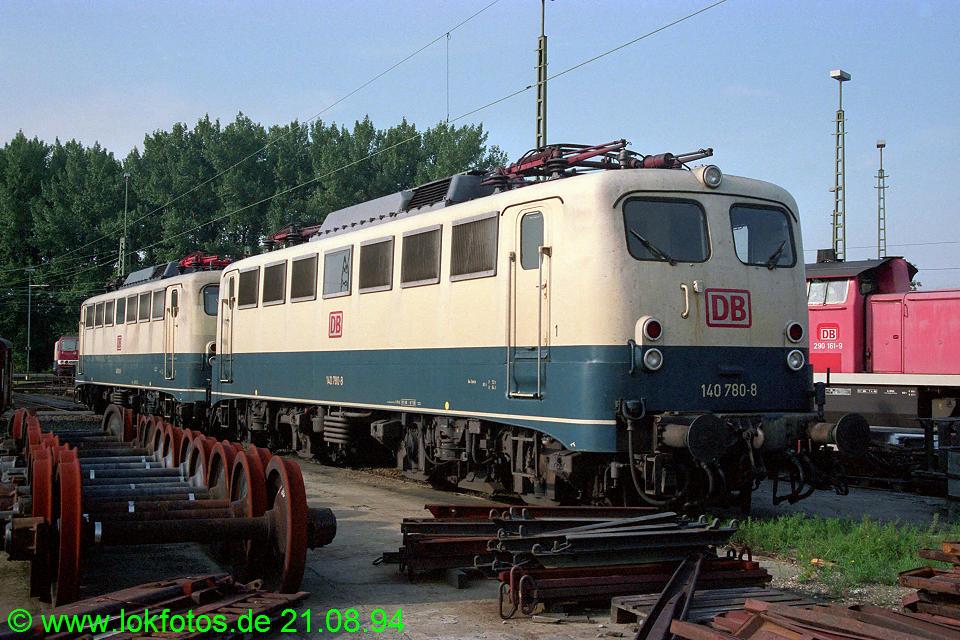 http://www.lokfotos.de/fotos/1994/0821/20372.jpg