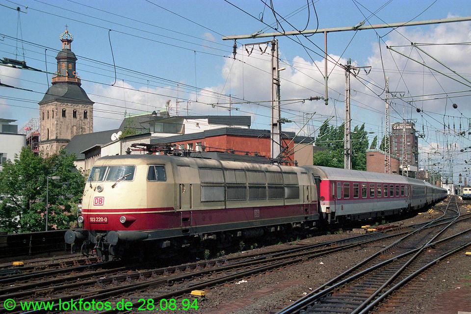 http://www.lokfotos.de/fotos/1994/0828/20387.jpg