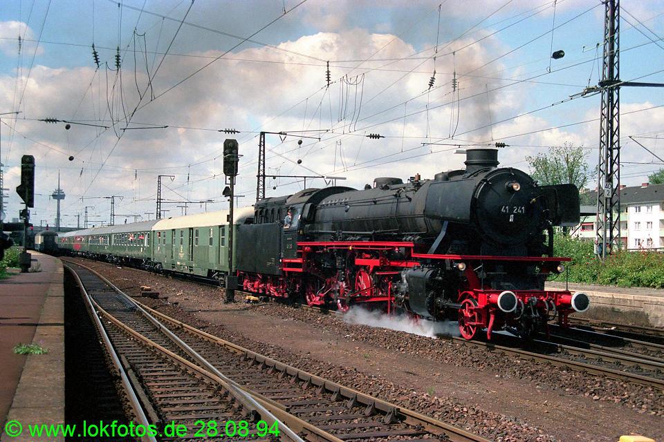 http://www.lokfotos.de/fotos/1994/0828/20392.jpg