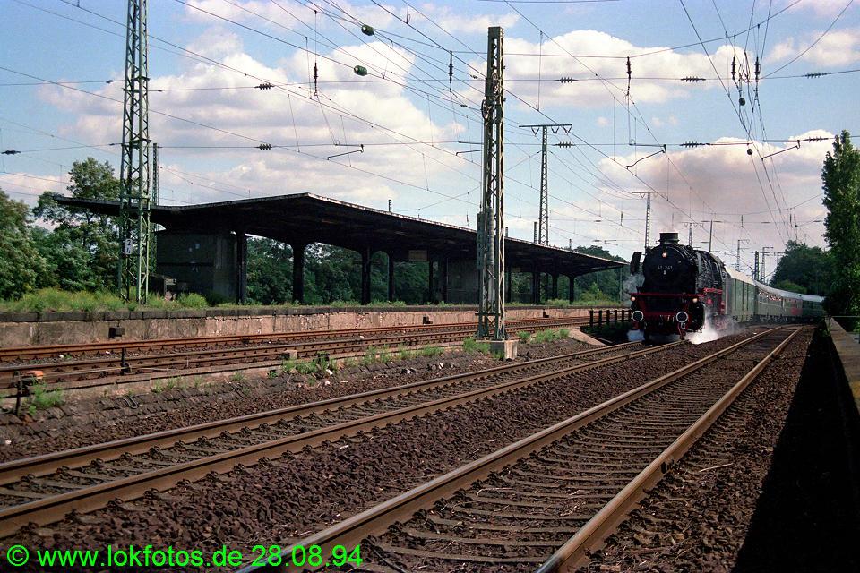 http://www.lokfotos.de/fotos/1994/0828/20393.jpg