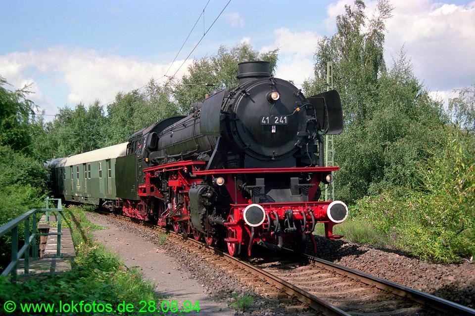 http://www.lokfotos.de/fotos/1994/0828/20395.jpg