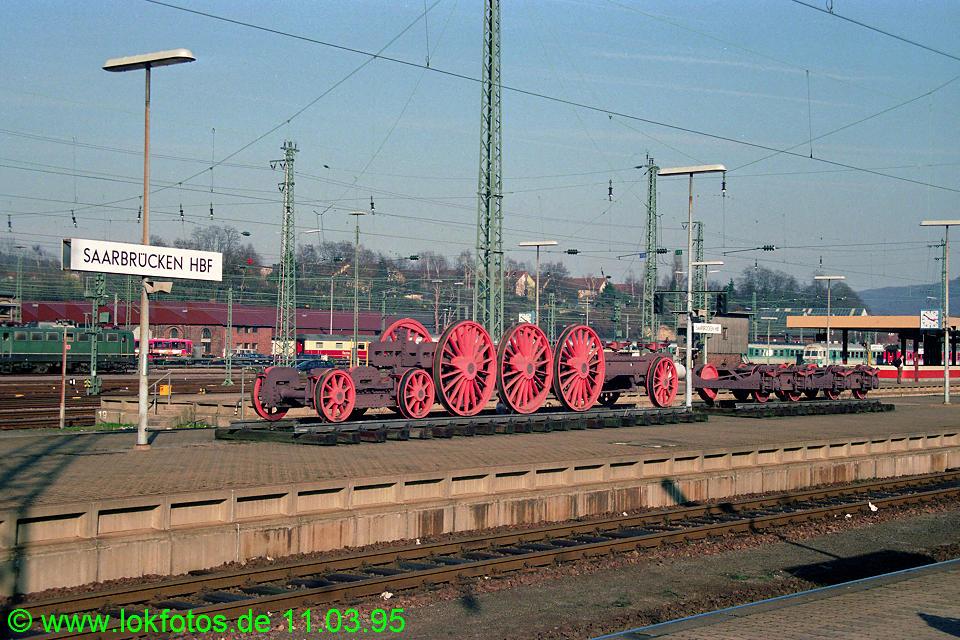 http://www.lokfotos.de/fotos/1995/0311/21045.jpg