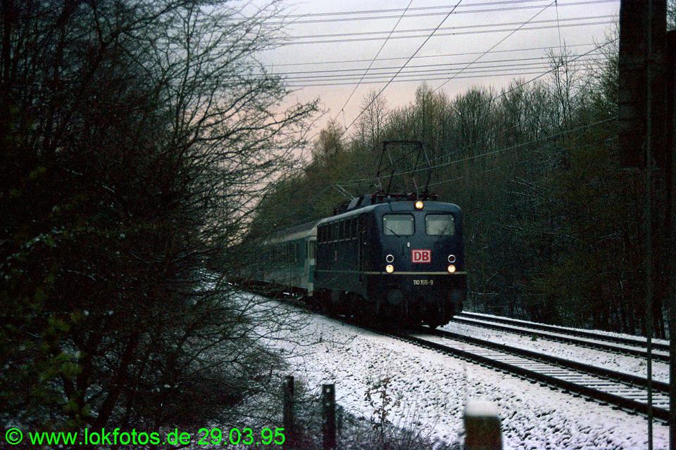 http://www.lokfotos.de/fotos/1995/0329/21126.jpg