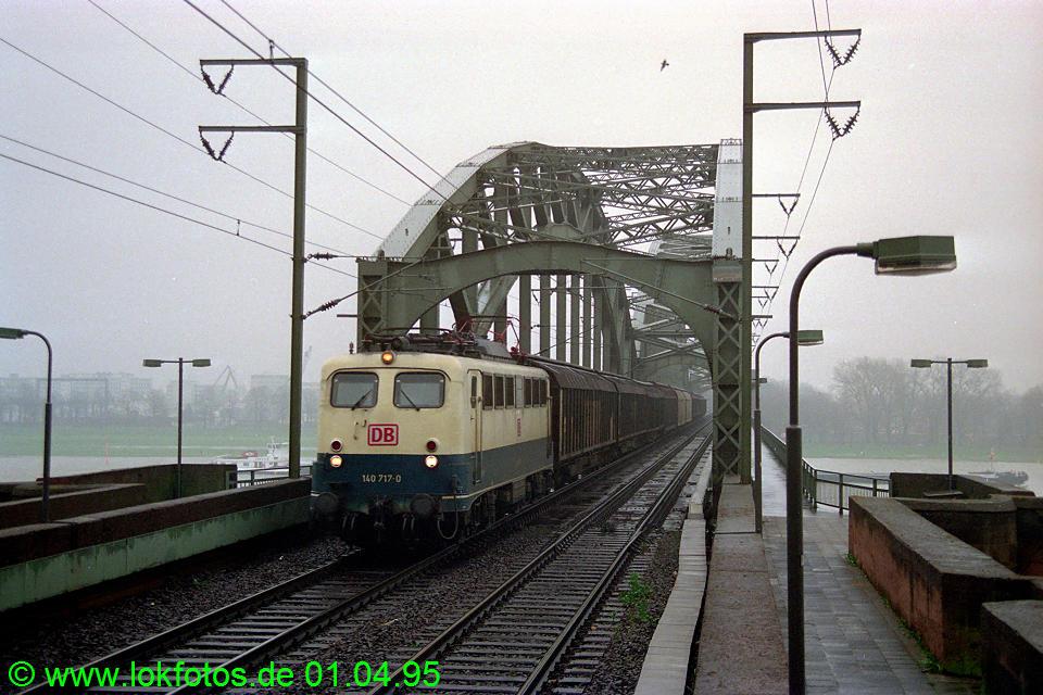 http://www.lokfotos.de/fotos/1995/0401/21132.jpg