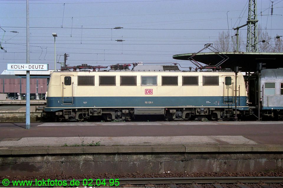http://www.lokfotos.de/fotos/1995/0402/21141.jpg