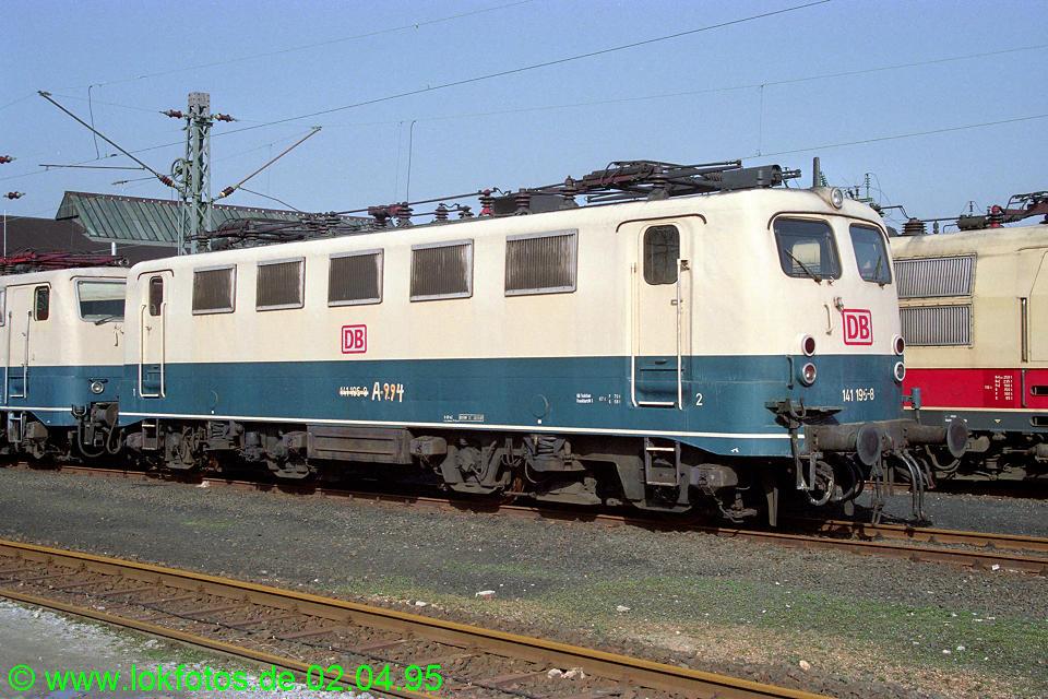 http://www.lokfotos.de/fotos/1995/0402/21154.jpg